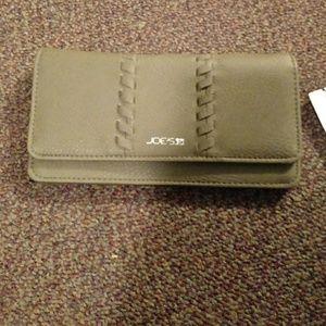 Joes wallet